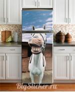 Наклейка на холодильник Веселая лошадка Z030