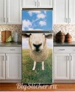 Наклейка на холодильник Овечка Z028